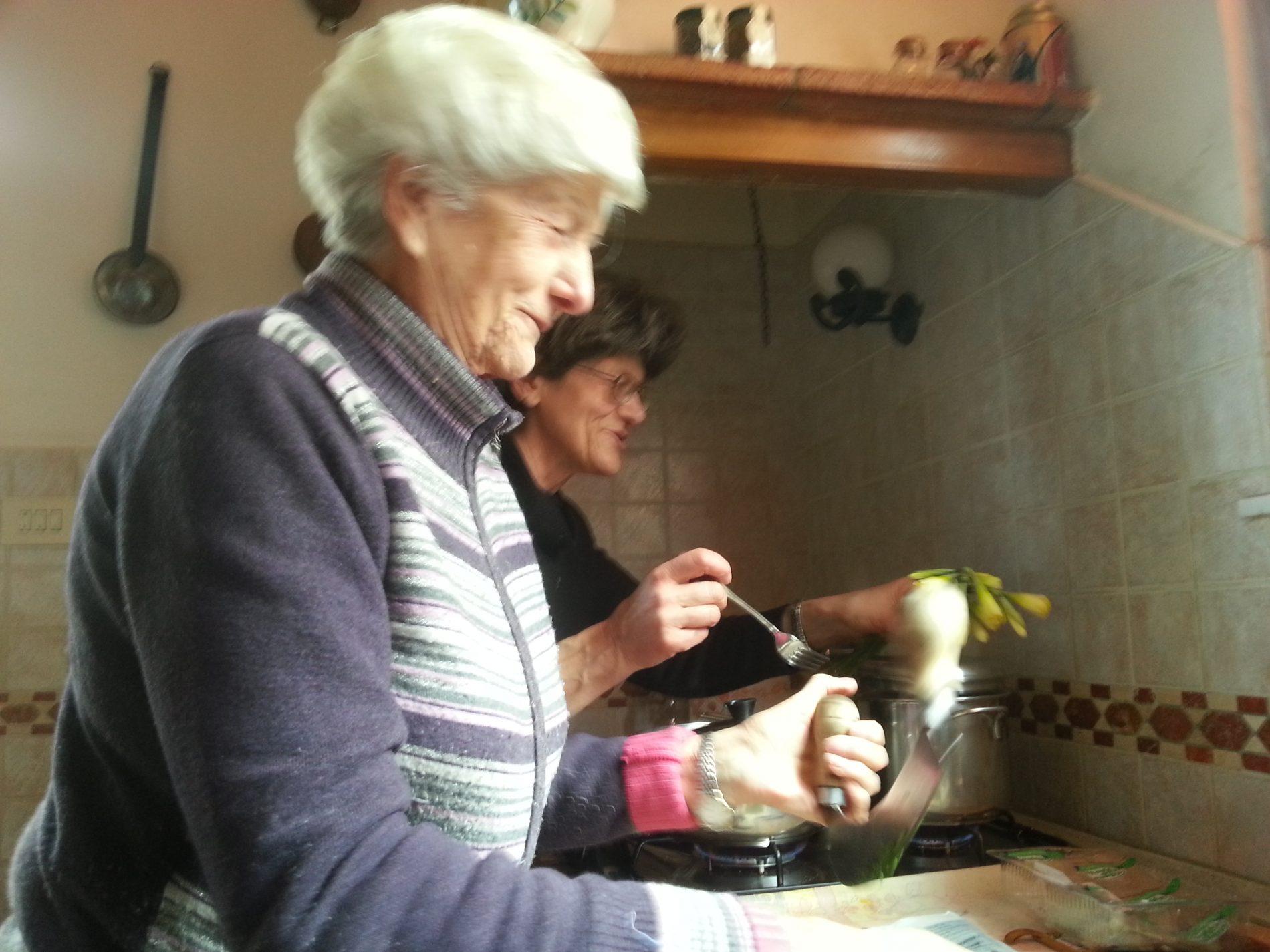 Risultati immagini per cohousing anziani