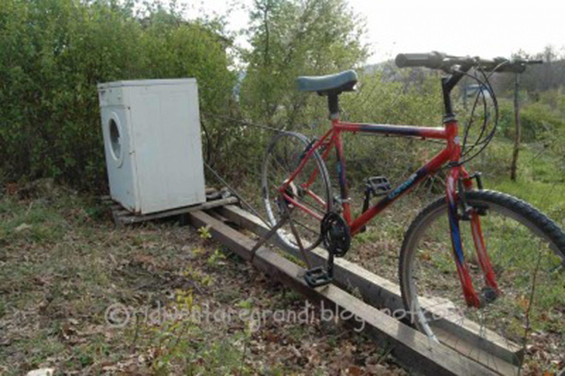 """Vivere bene in maniera sobria? Nell'ecovillaggio """"a pedali"""""""