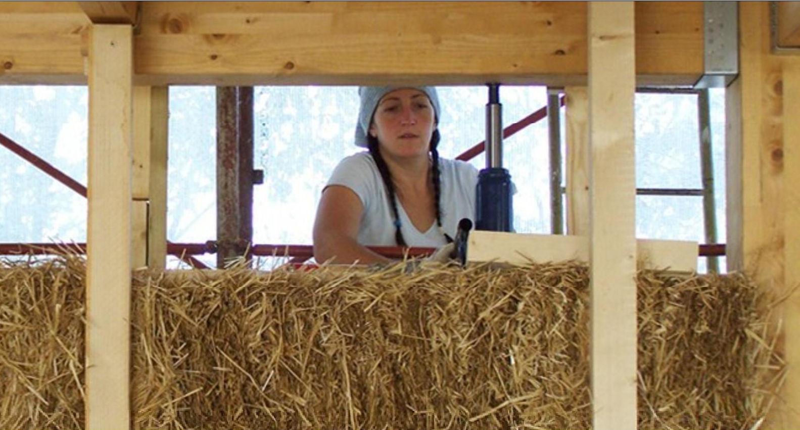 Case di paglia la nuova frontiera del costruire - Costruire casa paglia ...