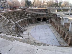 800px-THES-Agora_odeum_overview