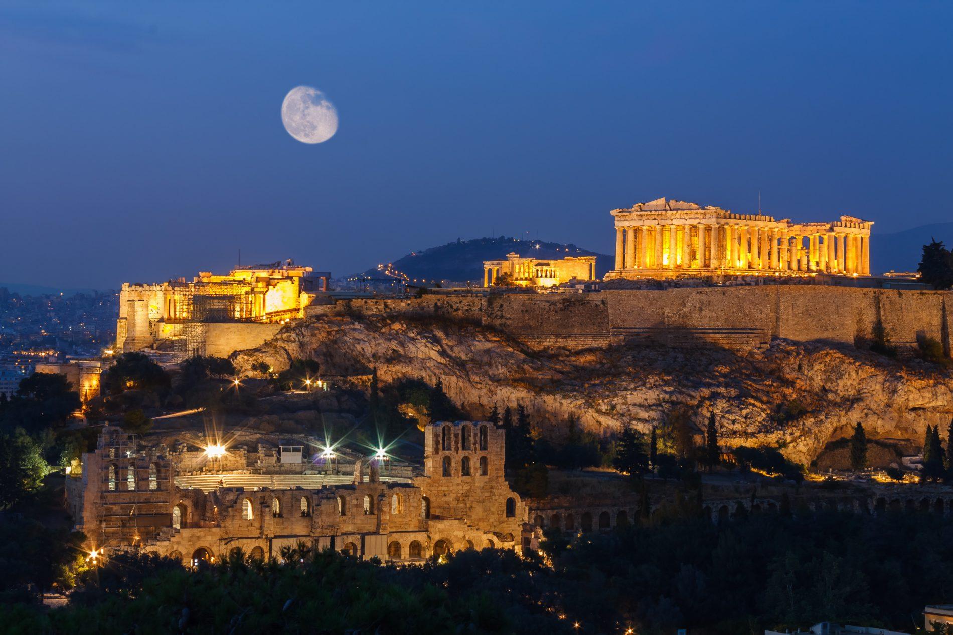 """Viaggio in Grecia low cost e solidale? Una guida turistica """"contro ogni crisi"""""""