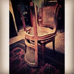 sedie sfondate