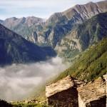 """Libri: """"Il foresto"""" di Gabrio Grindatto, un originale thriller tra le montagne valdesi"""