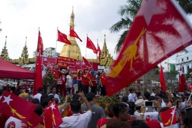 foto dall'archivio della pagina facebook di Italia-Birmania insieme https://www.facebook.com/ItaliaBirmaniaInsieme
