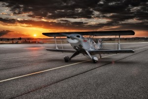 aircraft-547105_1280