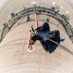 """Le meravigliose acrobazie della """"danza verticale"""": lo spettacolo cambia prospettiva"""