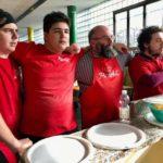 """A Milano la prima pizzeria con ragazzi autistici: """"PizzAut"""" e l'autismo non è più un tabù."""