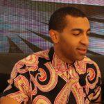 """Il cantautore Mudimbi, un """"mago"""" in giro per l'Italia con i suoi messaggi positivi"""