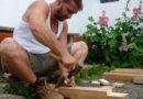 Andrea Brugi, l'artigiano toscano che ha conquistato il mondo con il legno d'ulivo
