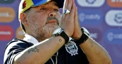 Vola Barrilete Cosmico. Addio Diego Armando Maradona