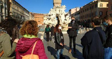 "Federica, guida turistica senza stranieri: ""Tour artistici e degustazioni a tema per i romani"""