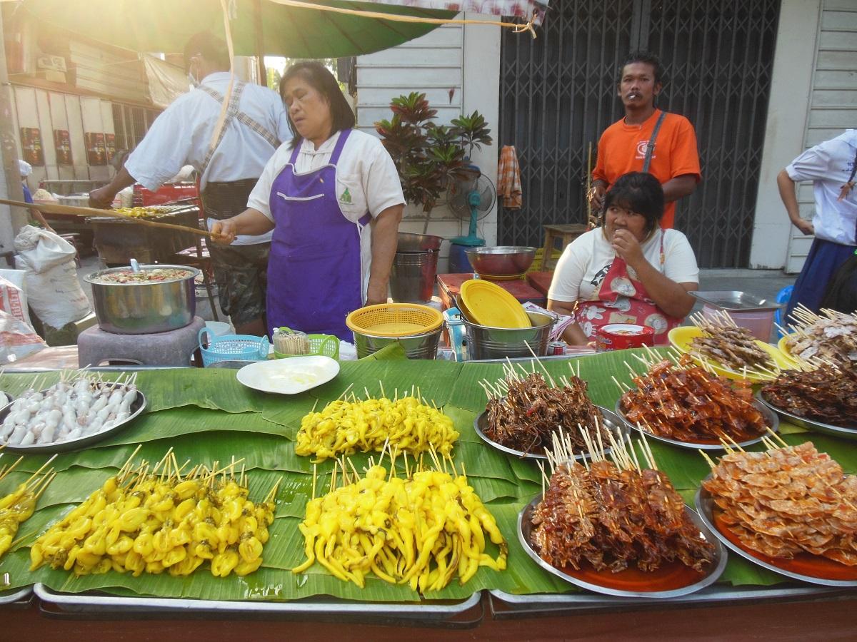 Spiedini di calamari con curry
